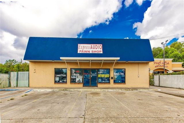 1320 MANHATTAN Boulevard Harvey, LA 70058