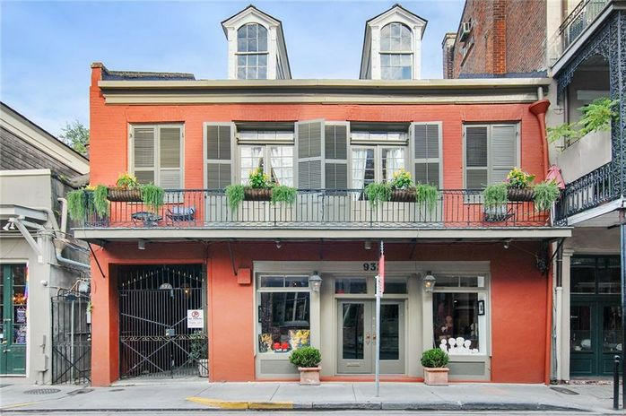 931-933 ROYAL Street New Orleans, LA 70116