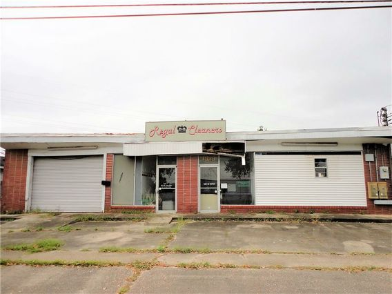 1919 FRANKLIN Avenue Gretna, LA 70053