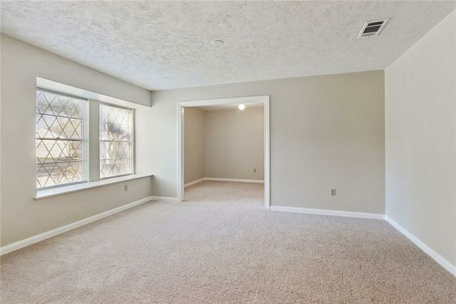 5734 OXFORD Place - Photo 3