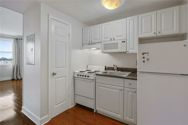 1205 ST CHARLES Avenue #916 - Photo 3