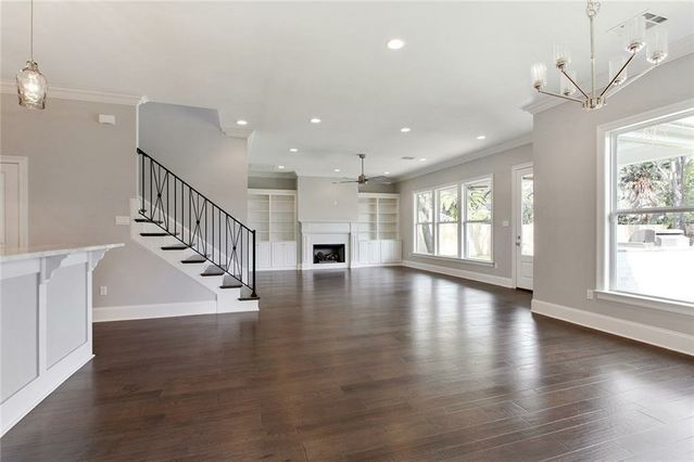 21 BRENTWOOD Drive - Photo 3