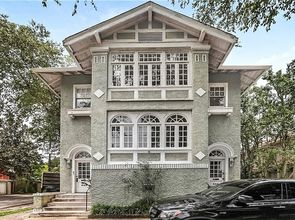542 LOWERLINE Street New Orleans, LA 70118