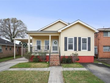6556 PONTCHARTRAIN Boulevard New Orleans, LA 70124