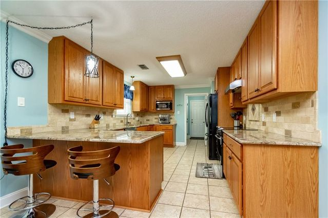 2051 GOLFVIEW Drive - Photo 3