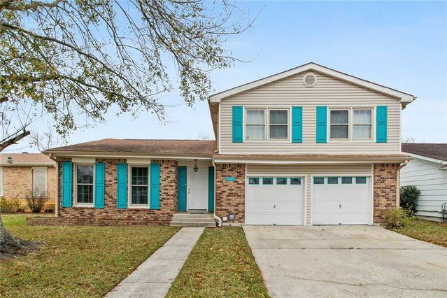 3824 LIRO Lane Harvey, LA 70058