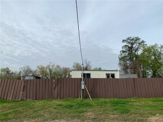 8A-1 BROOKLYN Avenue Harvey, LA 70058