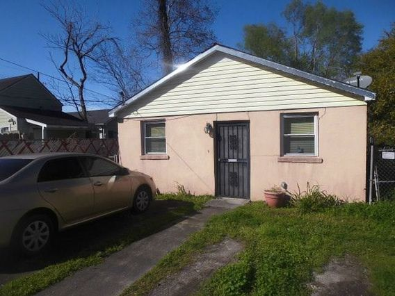4217 N CLAIBORNE Avenue New Orleans, LA 70117