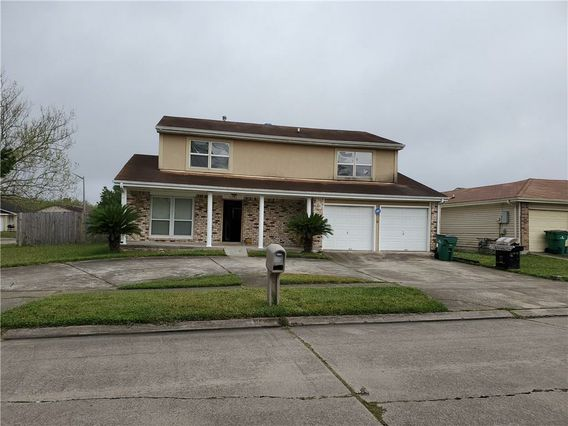 3848 WOODBRIAR Drive Harvey, LA 70058