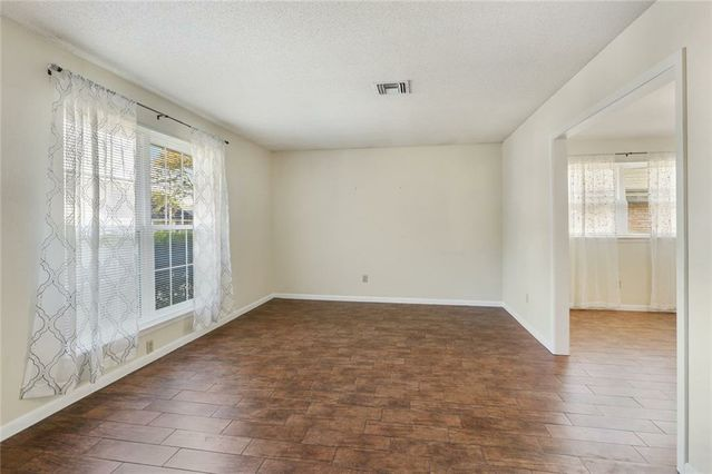 3600 RUE NICHOLE - Photo 3