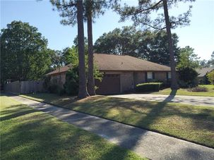 1601 ST CHRISTOPHER DR Slidell, LA 70458 - Image 4