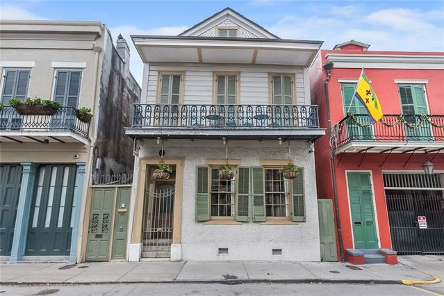 1227 ROYAL Street #4 New Orleans, LA 70116