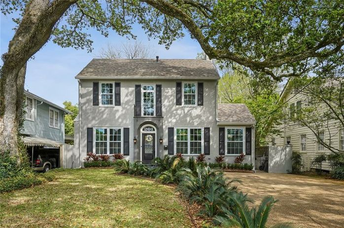 201 FAIRWAY Drive New Orleans, LA 70124