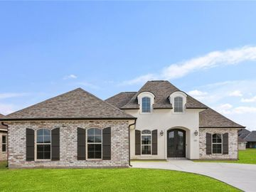 221 COVE POINT Drive Luling, LA 70070