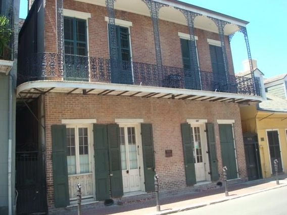 1027 CHARTRES Street G New Orleans, LA 70116