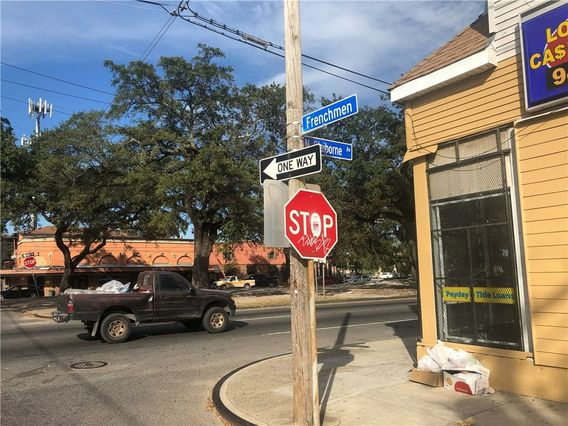 2100 N CLAIBORNE Avenue - Photo 2