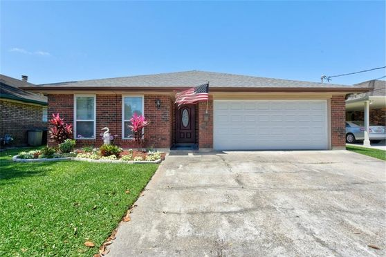 4616 ST MARY Street Metairie, LA 70006
