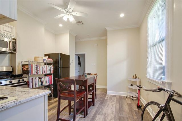 2321 CHARTRES Street - Photo 2