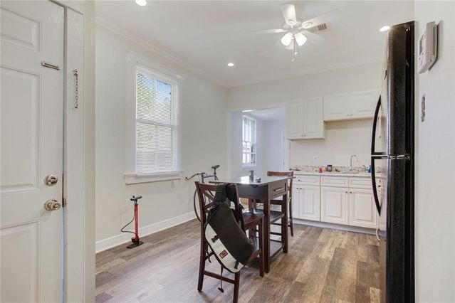 2321 CHARTRES Street - Photo 3
