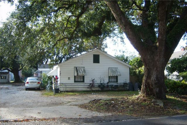 568 CENTRAL Avenue Jefferson, LA 70121