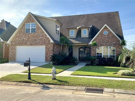 217 COTTON BAYOU Lane Kenner, LA 70065