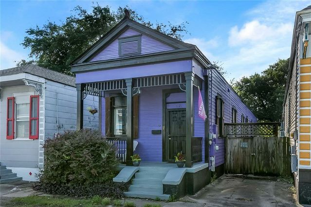 1121 CLOUET Street - Photo 3
