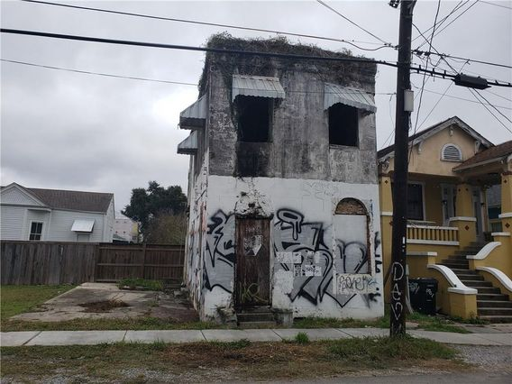 3049 MARAIS Street New Orleans, LA 70117