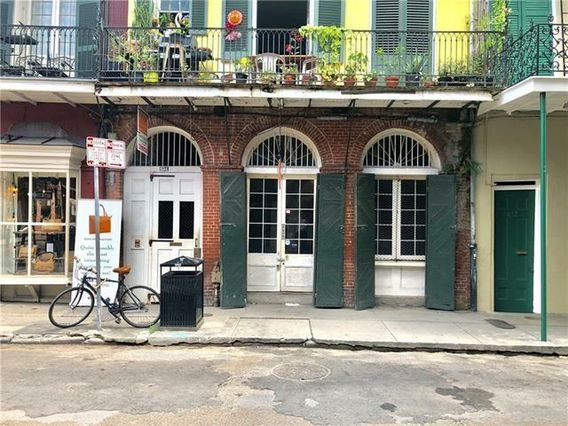 834 CHARTRES Street New Orleans, LA 70116