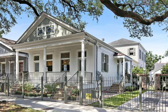 915 LOUISIANA Avenue New Orleans, LA 70115