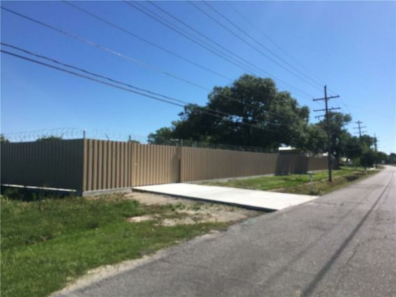 1600 KENNER Avenue - Photo 3