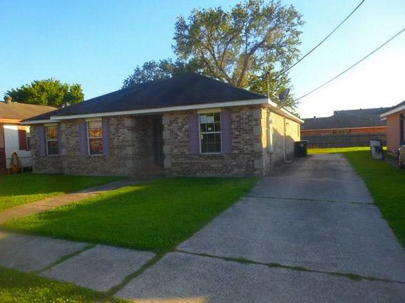 8014 BUFFALO Road New Orleans, LA 70128