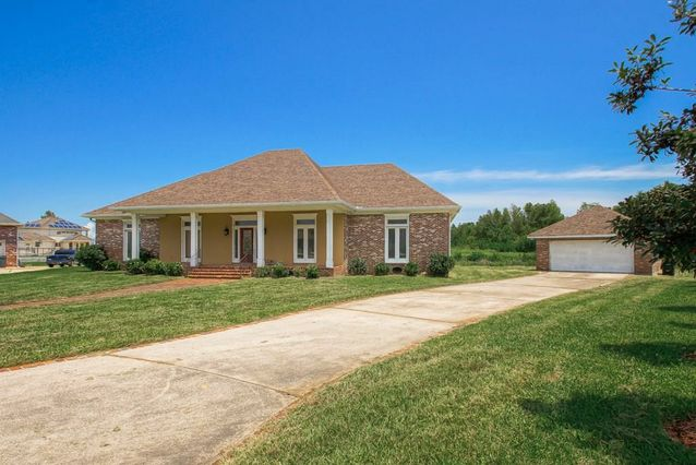 170 TURNBERRY Drive - Photo 2