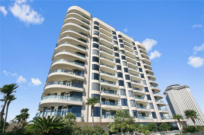 600 PORT OF NEW ORLEANS Place 15A New Orleans, LA 70130