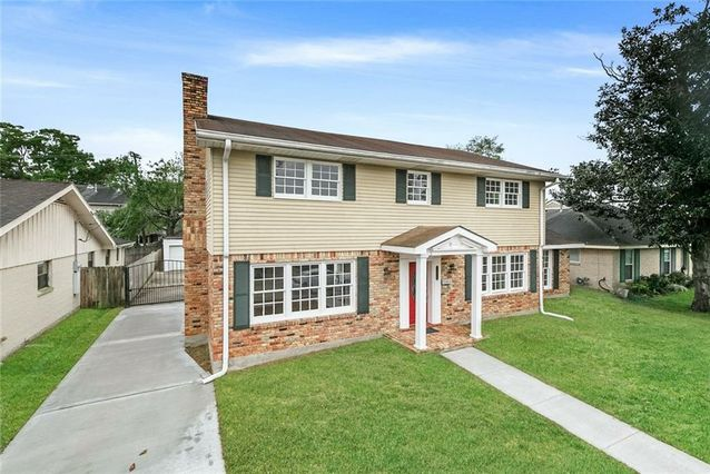 4212 CLEVELAND Place Metairie, LA 70003
