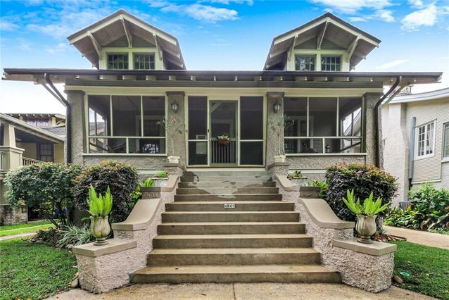 2227 WIRTH Place New Orleans, LA 70115