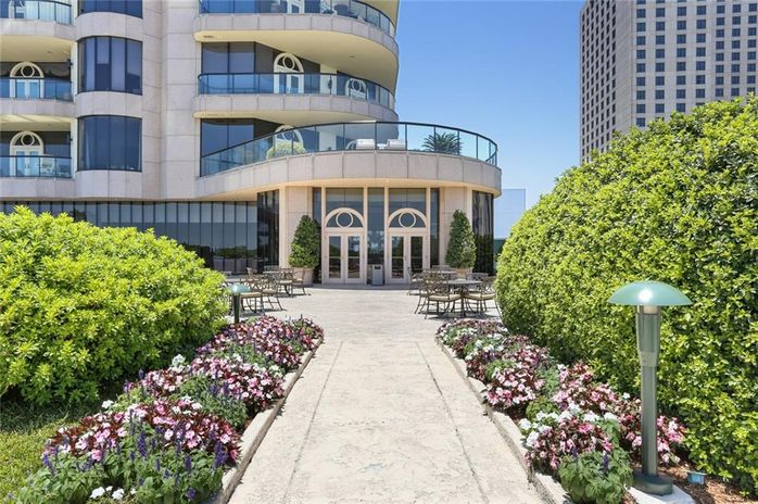 600 PORT OF NEW ORLEANS Place 10G New Orleans, LA 70130