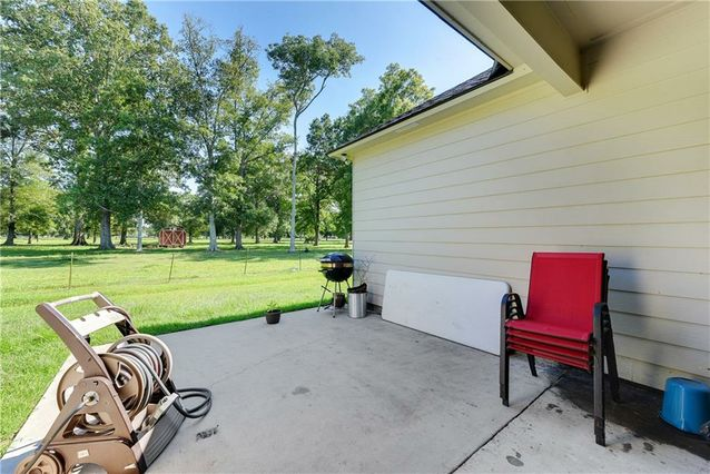43235 POND VIEW Drive - Photo 3