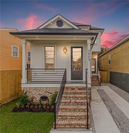 5803 FRANKLIN Avenue New Orleans, LA 70122