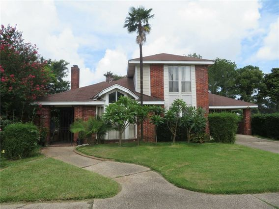 7 PARK TIMBERS Drive New Orleans, LA 70131