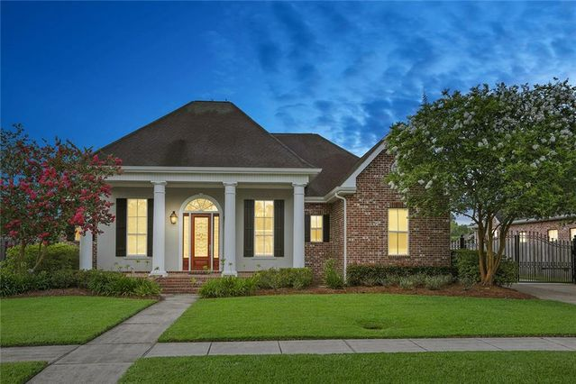 119 MEREDITH Place Hahnville, LA 70057