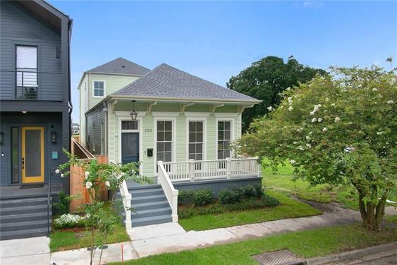 252 BELLEVILLE Street New Orleans, LA 70114