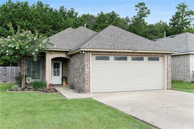 28435 LONGFELLOW Lane Albany, LA 70711