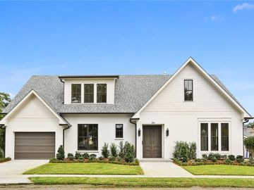 86 DREAM Court Metairie, LA 70001