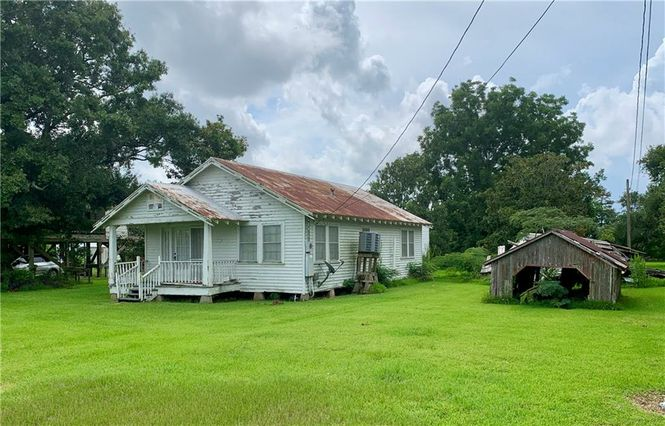 1779 BAYOU DULARGE Road Theriot, LA 70397