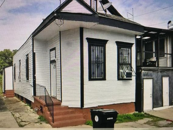 211 S WHITE Street New Orleans, LA 70119