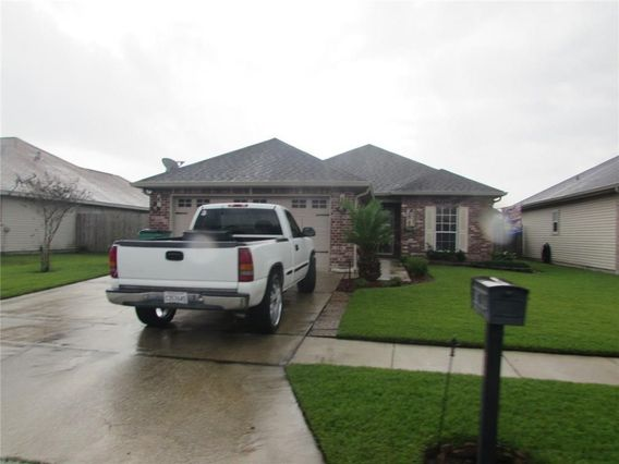 2637 SAND BAR Lane Marrero, LA 70072