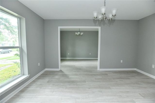 5800 OXFORD Place - Photo 2