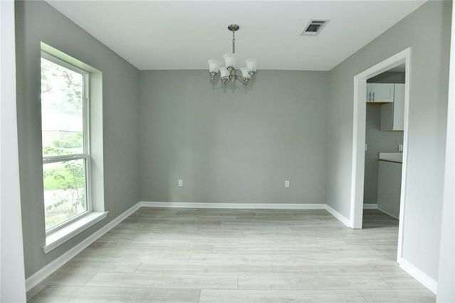 5800 OXFORD Place - Photo 3