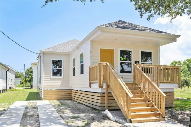 2227 ANDRY Street New Orleans, LA 70117