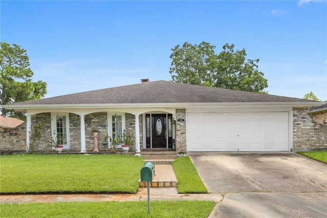 4881 CHANTILLY Drive New Orleans, LA 70126